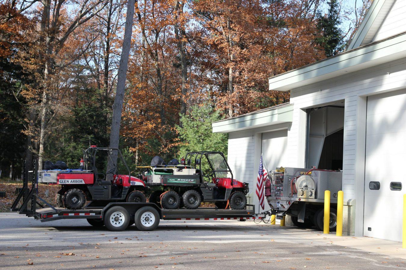 glfd truck pulling trailer of atv's